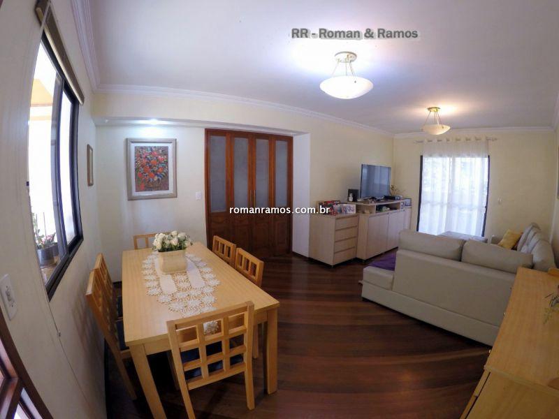 Casa em Condomínio Vila Gumercindo 3 dormitorios 4 banheiros 2 vagas na garagem