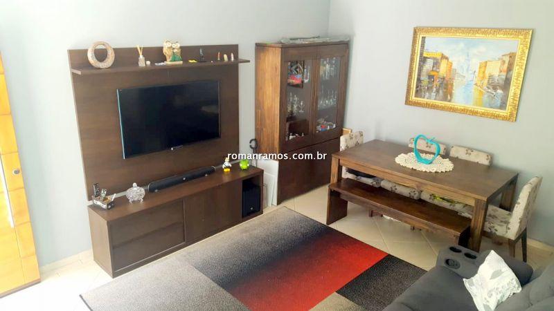 Casa em Condomínio Ipiranga 3 dormitorios 3 banheiros 2 vagas na garagem